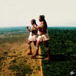Levante pela Terra by Mavi Morais